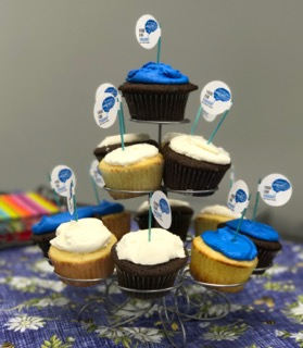 Cupcakes with Food for though Logo